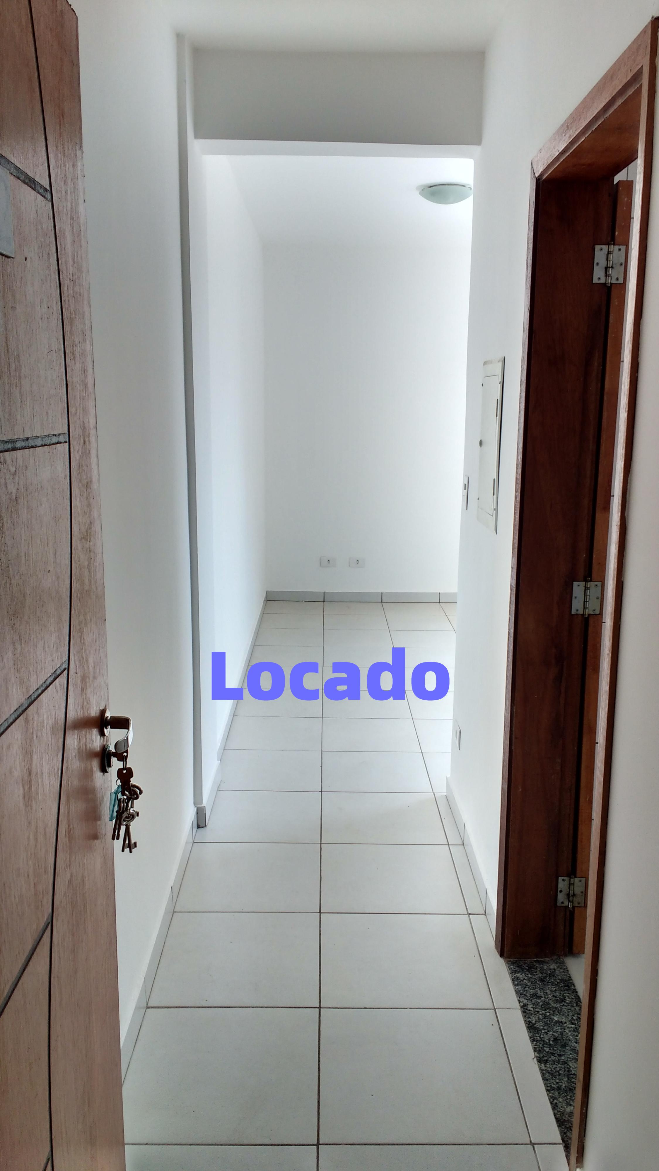 Apartamento no condomínio Solar dos Lagos
